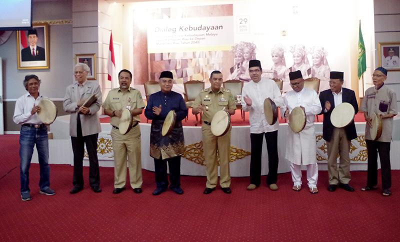 Meneroka Posisi Kebudayaan Melayu Riau