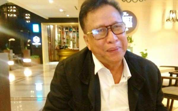 Buku Puisi Tertebal di Indonesia Diluncurkan