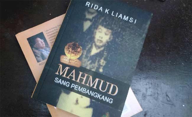 Rida K Liamsi, Luncurkan Buku Mahmud Sang Pembangkang