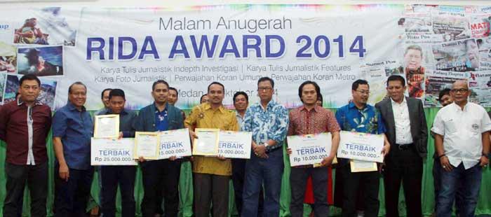 Fotografer Riau Pos Juara Rida Award 2014